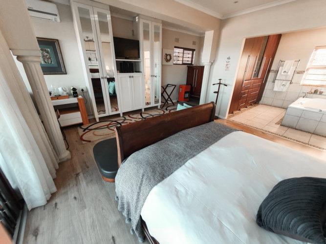 beacon-bay-luxury-suite