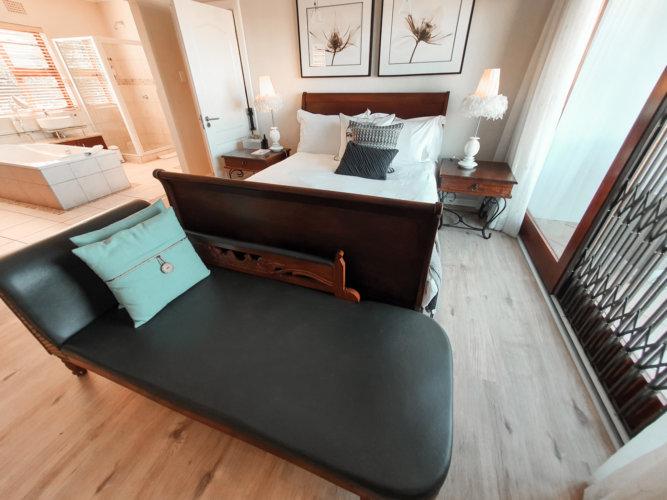 beacon-bay-luxury-suites